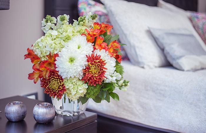 enjoy-flowersblog-flowers-at-bethroom