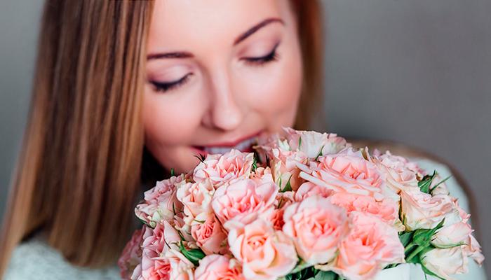 smell-flower-enjoy-flowers