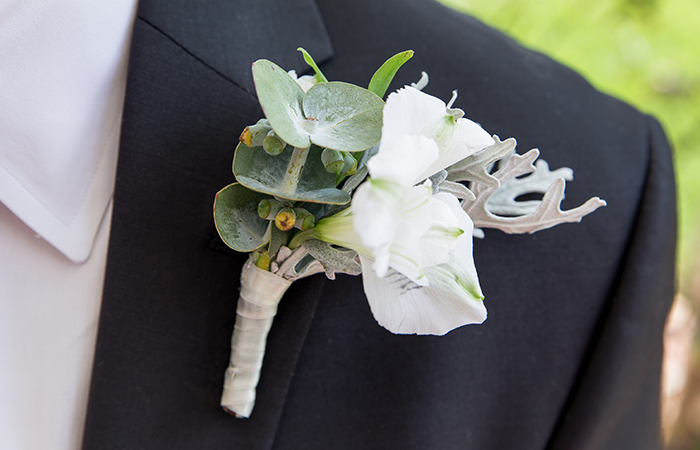 boutonniere-wedding-flowers